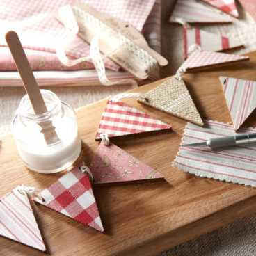 Wooden Bunting & Garlands